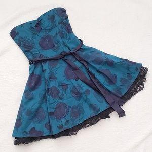 Size 4 H&M Strapless Dress